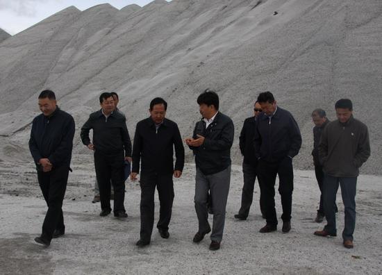 海西州副州长王敬斋到青海省盐业股份有限公司调研